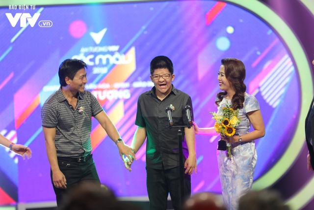 U23 Việt Nam nhận giải nhân vật ấn tượng nhất năm - Ảnh 2.