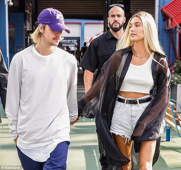 Sở hữu 6 ngàn tỷ và đắp đồ hiệu lên người, thế mà Justin Bieber trông vẫn kém sang đến lạ! - Ảnh 4.