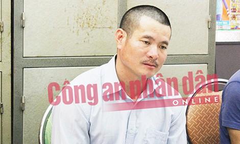 Mẹ của bác sỹ giết vợ phi tang xác xuống sông: Tôi vừa thương vừa giận con trai - ảnh 1