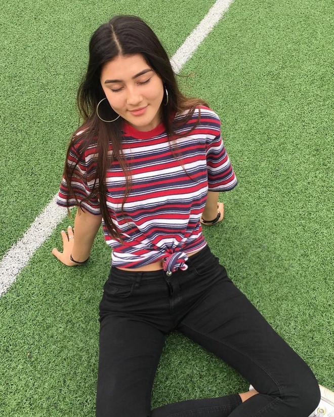 Nữ sinh Việt lai Đức cao 1m72, da nâu cá tính và là fan bự của tuyển bóng đá Việt Nam - Ảnh 6.