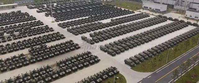TQ khoe xe thiết giáp Đông Phong Mãnh Sĩ sánh ngang Humvee về tính năng lẫn số lượng - Ảnh 2.