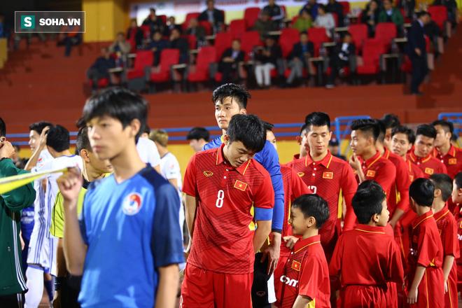 Tuyển thủ Việt Nam càng lớn càng hư, hay ông Park Hang-seo chỉ vẽ rắn thêm chân? - Ảnh 1.