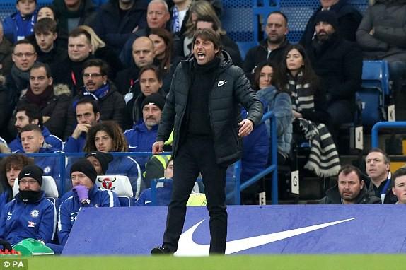 """Chơi hơn người trên sân nhà, Chelsea vẫn hóa… cừu non trước """"Bầy cáo"""" - Ảnh 3."""