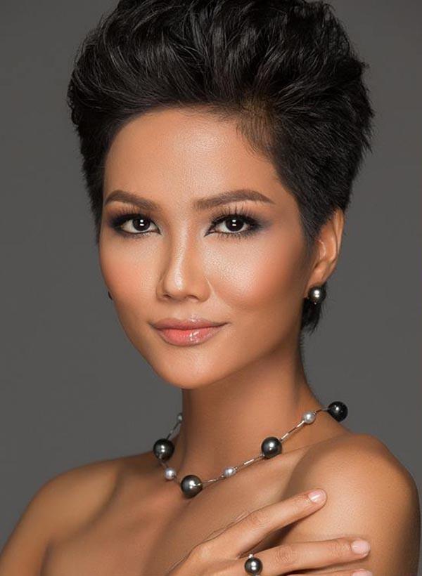 Lộ ảnh Hoa hậu HHen Niê để tóc dài, đi diễn văn nghệ thời chưa ai biết đến - Ảnh 6.