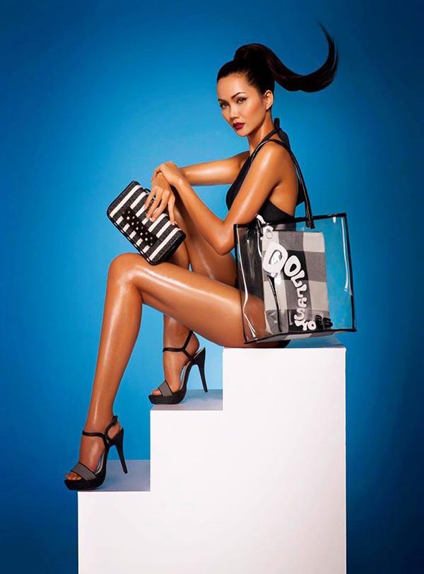 Loạt ảnh bikini nóng bỏng thời để tóc dài của Hoa hậu HHen Niê - Ảnh 1.