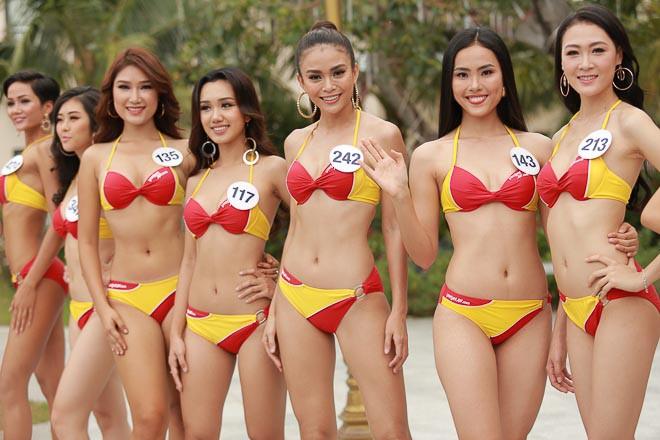 Các thí sinh Hoa hậu Hoàn vũ Việt Nam thi bikini nóng bỏng, lộ nhược điểm cơ thể - Ảnh 1.