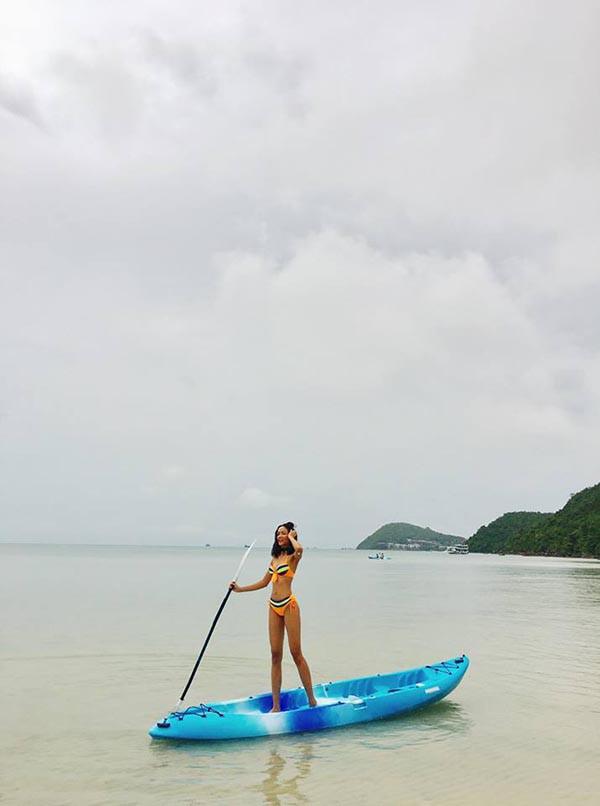 Loạt ảnh bikini nóng bỏng thời để tóc dài của Hoa hậu HHen Niê - Ảnh 8.