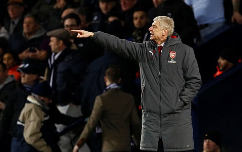 Sir Alex Ferguson nói gì khi Arsene Wenger phá kỉ lục của chính mình tại Premier League? - Ảnh 1.