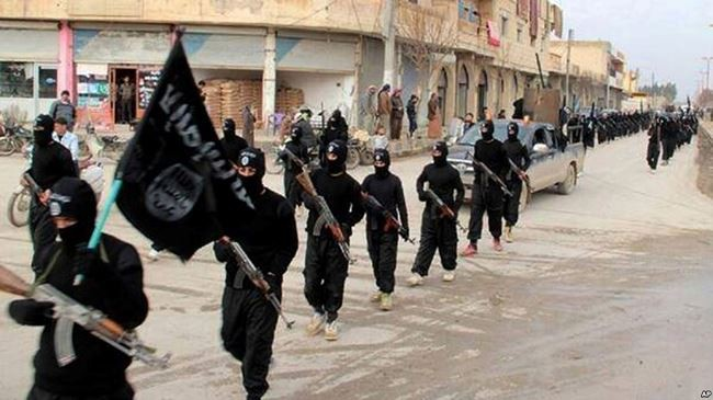 """Phá Nga tại Syria, Mỹ """"dàn trận"""" mới với 30.000 tay súng - Ảnh 2."""