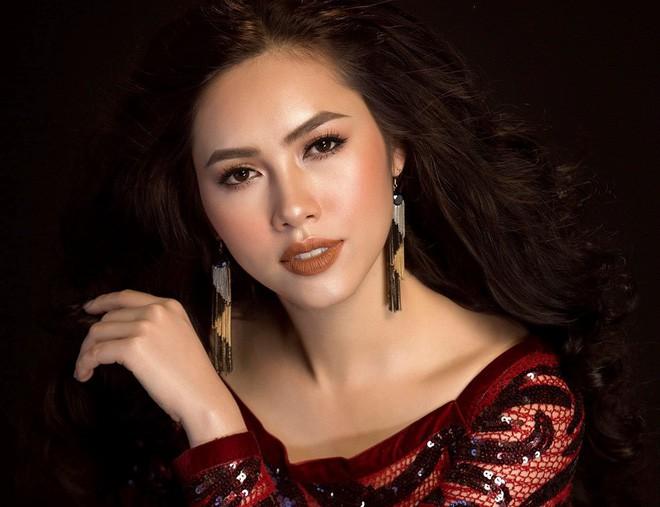 Lý do gì Á hậu Hoàng My không tiếp tục làm giám khảo trong đêm chung kết Hoa hậu Hoàn vũ 2017? - Ảnh 2.