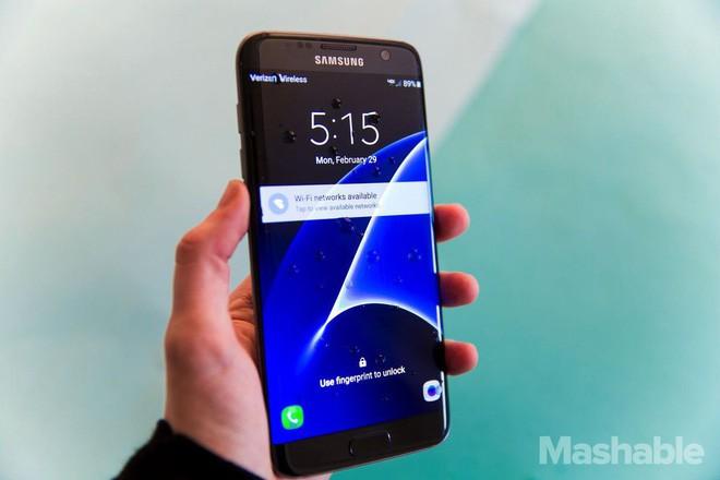 Sẽ không còn chiếc smartphone nào được trang bị pin rời nữa, đây là lý do tại sao - Ảnh 2.