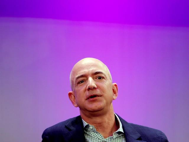 Jeff Bezos: Giàu nhất hành tinh song vẫn rửa bát giúp vợ mỗi tối - Ảnh 2.