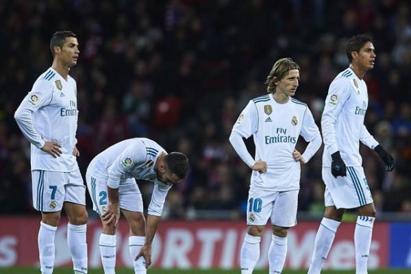 Real đại loạn, học trò bất bình với HLV Zidane - Ảnh 2.