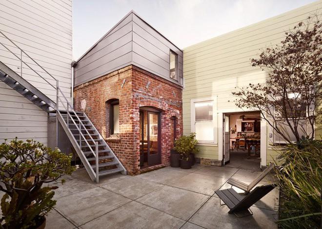 Căn phòng 8m² lột xác hoàn hảo thành ngôi nhà tuyệt đẹp, ai cũng phải ước ao - Ảnh 1.