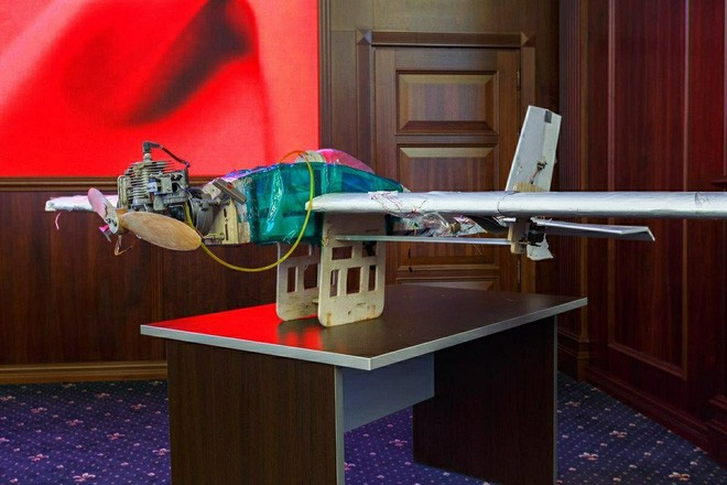 UAV bầy đàn tấn công Hmeymim: Nếu bị tập kích như Nga, Mỹ có vũ khí bí mật gì đối phó? - Ảnh 2.