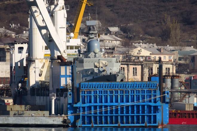 Tàu hộ vệ tên lửa Gepard thứ 4 của HQVN: Chặng cuối hành trình - Cảng Cam Ranh sẵn sàng - Ảnh 1.