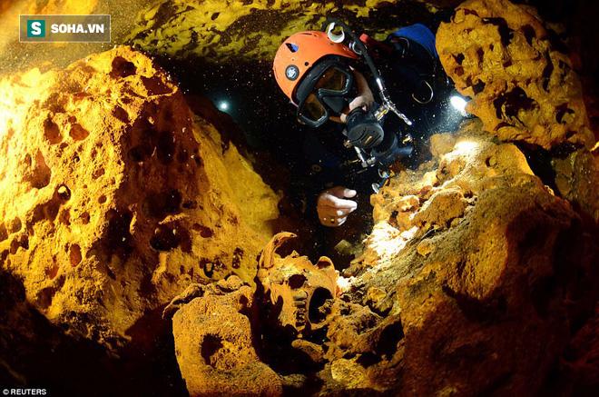 Hang động này có chứa nhiều cổ vật, bằng chứng về nền văn minh Maya cổ đại. Ảnh: Reuters