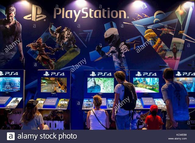 CEO Kaz Hirai: Công việc của tôi là khôi phục niềm tự hào của Sony - Ảnh 1.