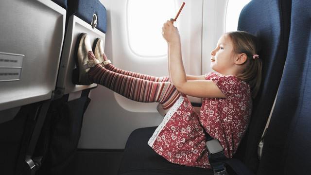 Gặp một bé gái bị ung thư trên chuyến bay, câu nói của cô bé đã làm thay đổi cuộc đời người đàn ông mãi mãi - Ảnh 2.