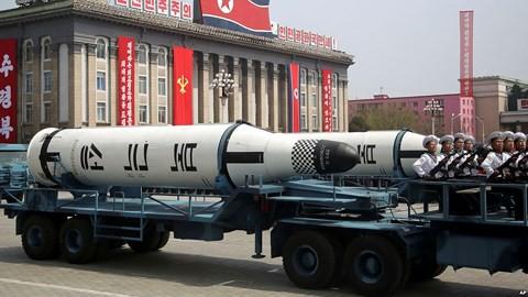 Điều gì khiến một loạt quốc gia trên thế giới đua nhau thử tên lửa đạn đạo? - Ảnh 1.