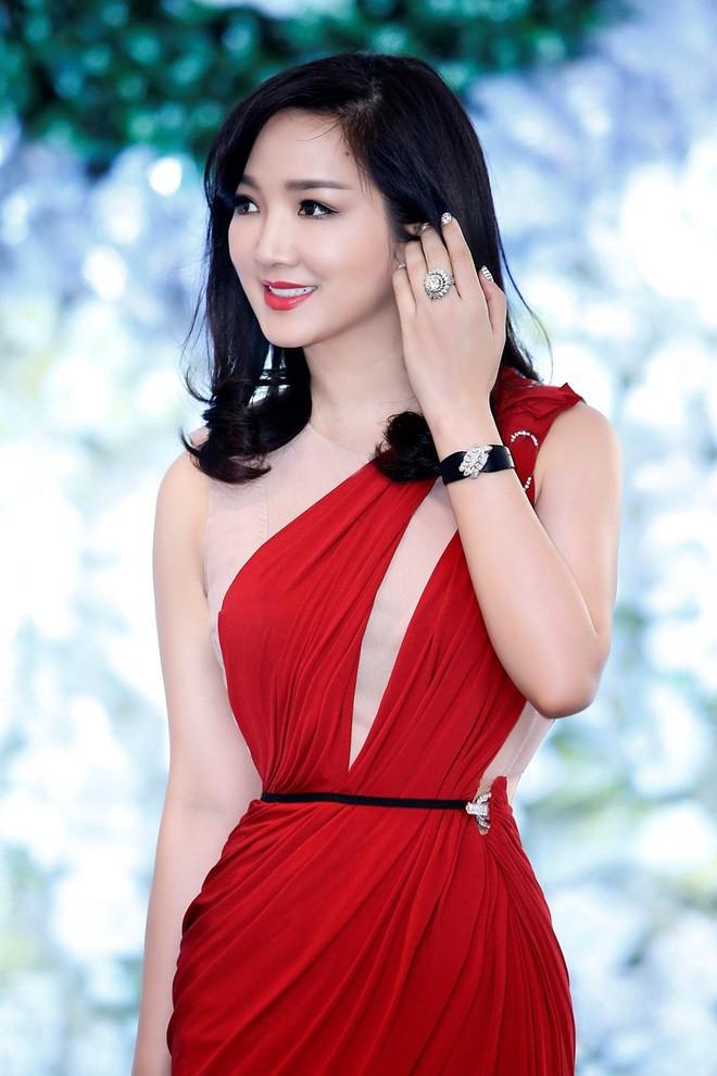 Những người đẹp Việt Nam một lần lên ngôi Hoa hậu, tại vị suốt hàng chục năm vẫn không có người kế nhiệm để trao vương miện - Ảnh 2.