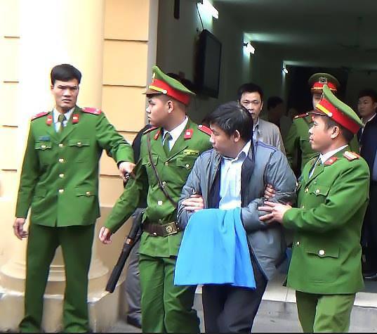 Ông Đinh La Thăng bị tuyên 13 năm tù, Trịnh Xuân Thanh chung thân - Ảnh 9.