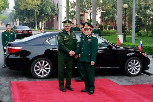 Thăm Myanmar, Lào, Việt Nam, Bộ trưởng QP Nga thông báo đang đàm phán cung cấp S-400 - Ảnh 1.