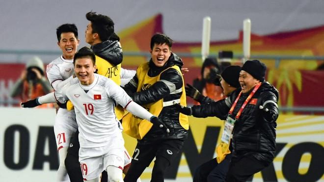 Quang Hải nói gì sau cú đúp giúp U23 Việt Nam tiến thẳng vào chung kết giải U23 châu Á? - Ảnh 1.