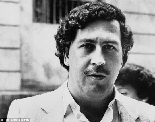 Phát hiện tàu ngầm của trùm ma túy Escobar, tìm kho báu 70 tỉ USD - Ảnh 2.