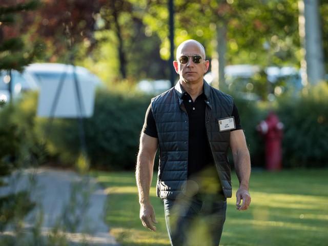 Jeff Bezos: Giàu nhất hành tinh song vẫn rửa bát giúp vợ mỗi tối - Ảnh 11.