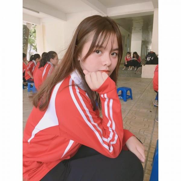 Lại xuất hiện thêm một nữ sinh Hà Nội sở hữu vẻ đẹp lai Tây khó rời mắt! - ảnh 12