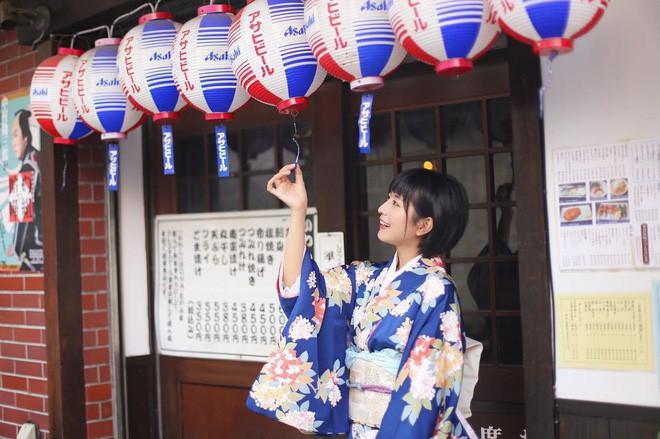 Nữ sinh Trung Quốc được cư dân mạng ca ngợi vì nhan sắc đỉnh cao, trông giống hệt ngọc nữ số 1 Nhật Bản - Ảnh 12.