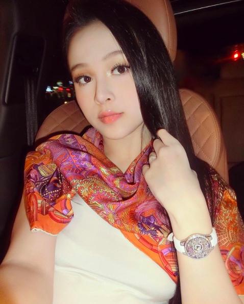 4 cô gái làm dâu nhà giàu nổi tiếng: Vừa xinh đẹp, tài năng và có cả may mắn! - Ảnh 14.