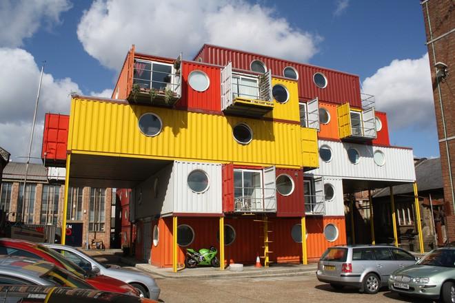 15 ngôi nhà độc đáo trên thế giới được tạo nên từ… container tái chế - Ảnh 15.
