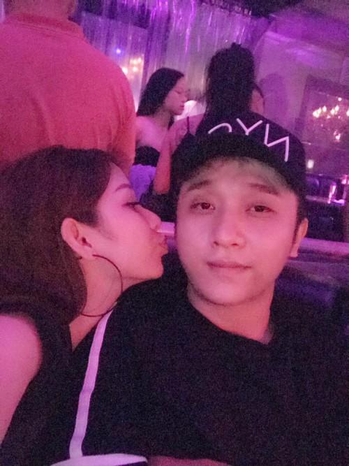 Chân dung bạn gái xinh đẹp khiến Yanbi 'tự nguyện' unfriend hết gái xinh trên Facebook - ảnh 15