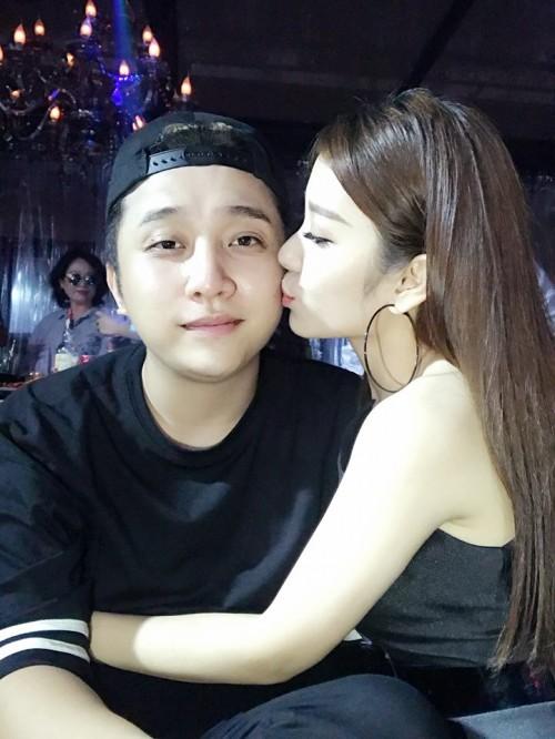 Chân dung bạn gái xinh đẹp khiến Yanbi 'tự nguyện' unfriend hết gái xinh trên Facebook - ảnh 18