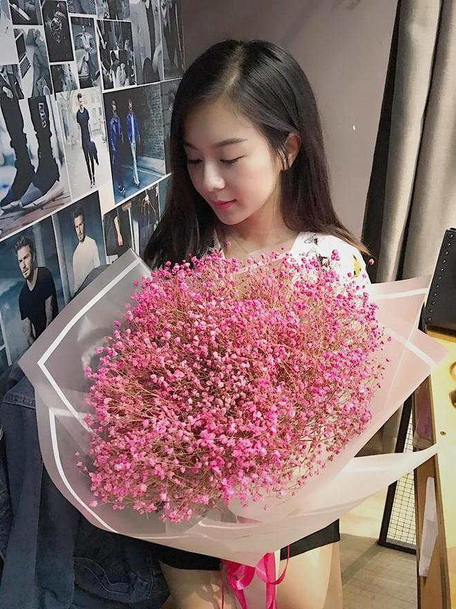 Vất vả 8 năm nuôi con một mình, single mom Lào Cai U30 vẫn trẻ xinh như thuở chưa chồng - Ảnh 20.