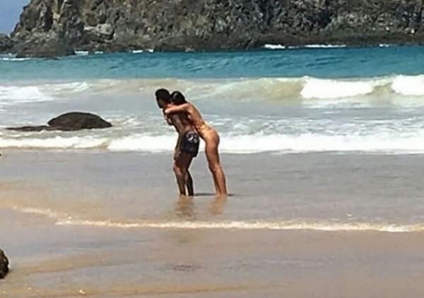 Lộ cảnh nóng ngoài biển, Neymar và nữ diễn viên Bruna chính thức tái duyên - Ảnh 3.