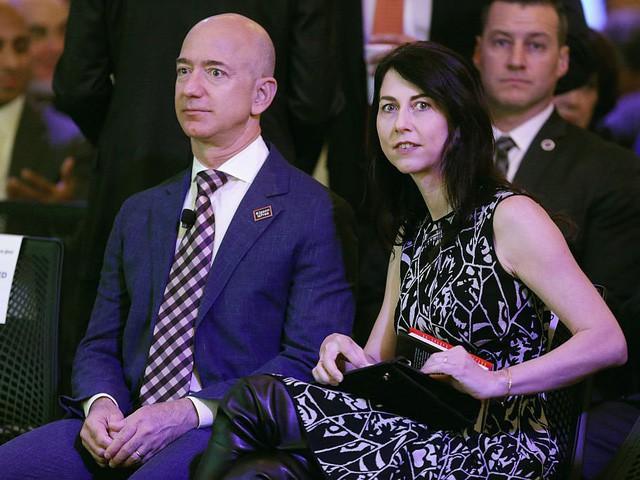 Jeff Bezos: Giàu nhất hành tinh song vẫn rửa bát giúp vợ mỗi tối - Ảnh 3.