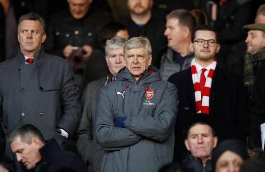 M.U khó đoạt Sanchez vì hiềm khích Wenger - Mourinho - Ảnh 2.