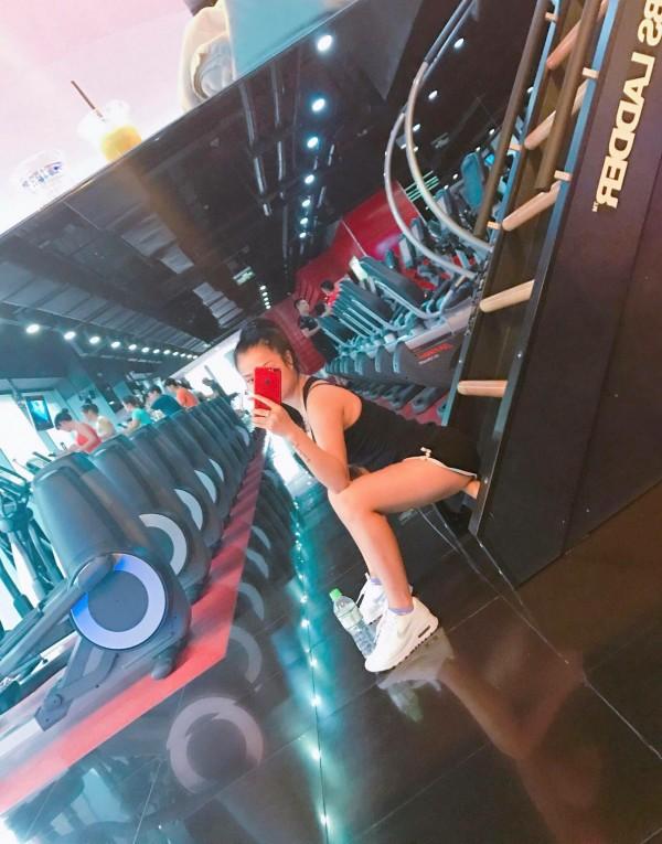 Cận cảnh nhan sắc hot girl Võ Thương giảm stress nhờ tập Gym và Boxing - Ảnh 3.
