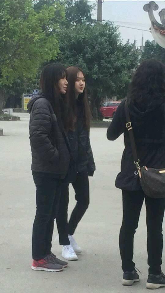 Phải xin gấp info cô gái xinh vừa bị chụp lén tại bến thuyền Tam Cốc, Ninh Bình - ảnh 3