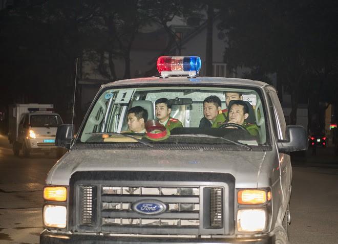 Bị cáo Trịnh Xuân Thanh khóc khi nói lời sau cùng tại tòa - Ảnh 7.