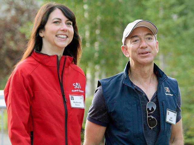 Jeff Bezos: Giàu nhất hành tinh song vẫn rửa bát giúp vợ mỗi tối - Ảnh 4.