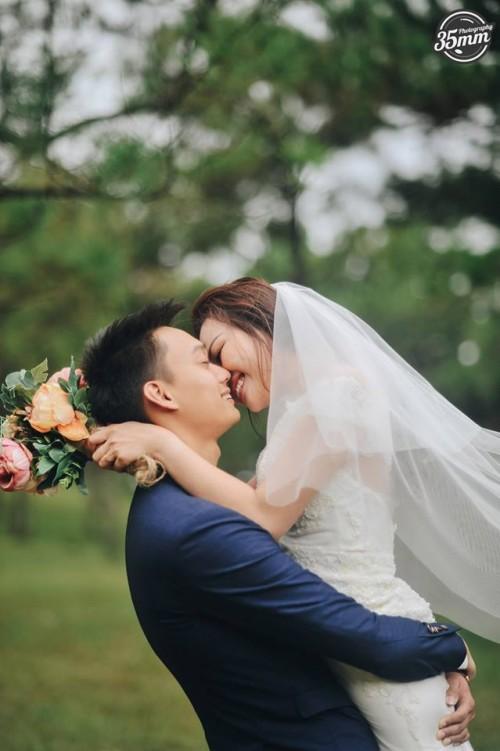 Không lầy lội, ảnh cưới của Nhật Anh Trắng và vợ lại lãng mạn như thế này đây! - Ảnh 4.