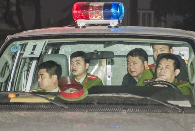 Bị cáo Trịnh Xuân Thanh khóc khi nói lời sau cùng tại tòa - Ảnh 8.