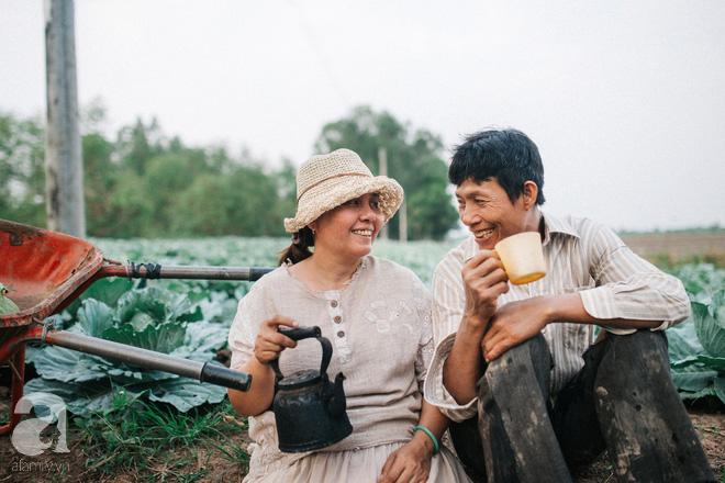Ra mà xem cặp bố mẹ yêu thương nhau giữa mùa bắp cải hot nhất MXH - 25 năm sống dưới túp lều tranh giận nhau đúng 1 lần - ảnh 5