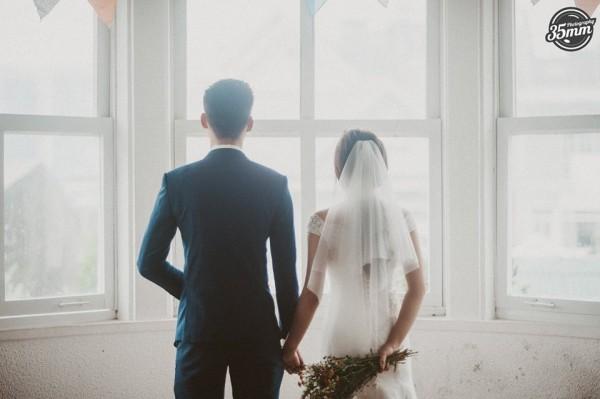 Không lầy lội, ảnh cưới của Nhật Anh Trắng và vợ lại lãng mạn như thế này đây! - Ảnh 5.