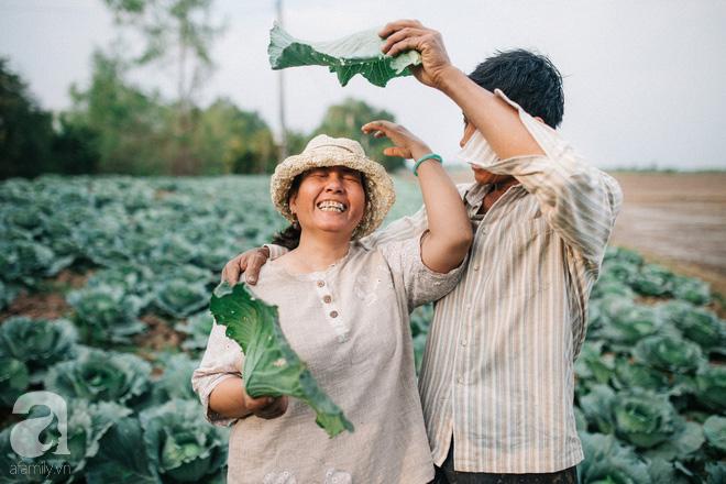 Ra mà xem cặp bố mẹ yêu thương nhau giữa mùa bắp cải hot nhất MXH - 25 năm sống dưới túp lều tranh giận nhau đúng 1 lần - ảnh 6