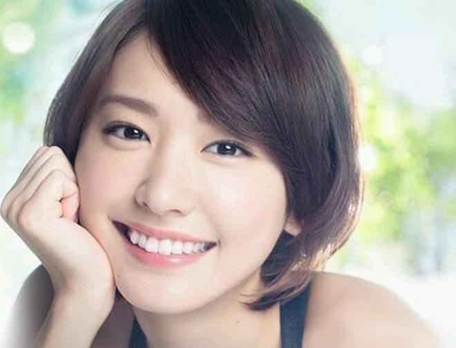 Nữ sinh Trung Quốc được cư dân mạng ca ngợi vì nhan sắc đỉnh cao, trông giống hệt ngọc nữ số 1 Nhật Bản - Ảnh 6.